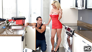 Parker Swayze & Johnny Castle in Play House - MilfHunter