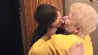 Blonde woman is great at shagging a pussy craving guy